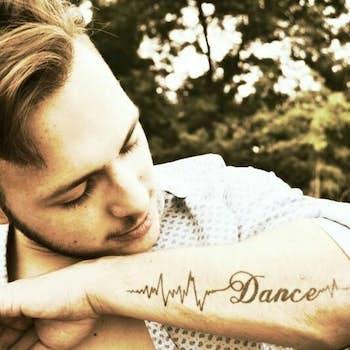 Sandro Dance