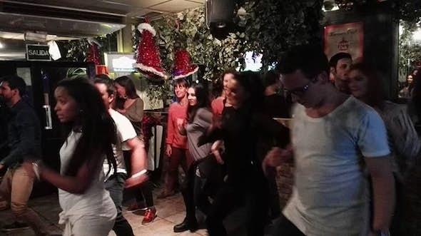 Fun Salsa Bachata Party!! (Free Class Beginners)
