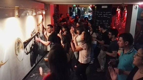 Clase Gratis de Salsa y Bachata y animaciones en Barcelona centro
