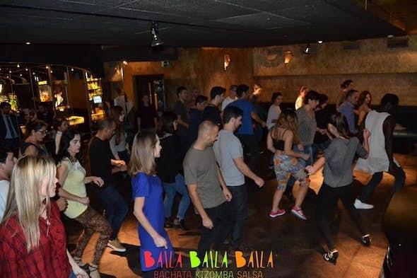 Free Class of Salsa, Bachata & Kizomba in Barcelona