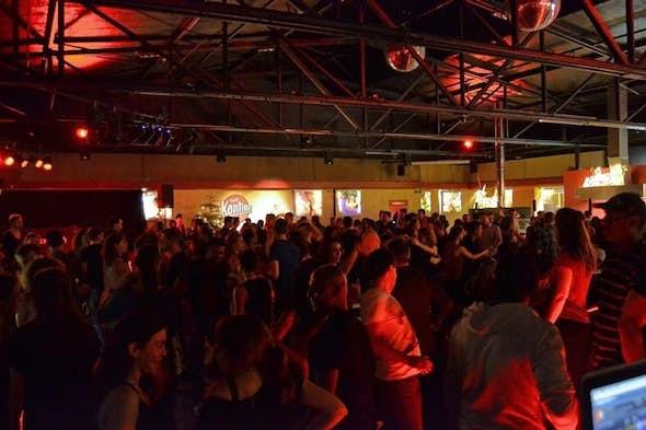 Salsa Cantina Party en NachtKantine