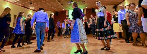Danzas folclóricas (ejemplo de una lección gratis)