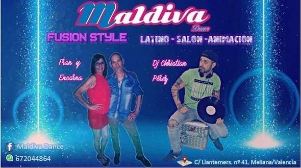 Salon, latino - Fusion style