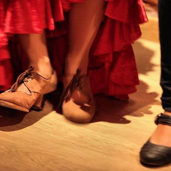 THURSDAY FLAMENCO SHOW, Voice, Guitar and Dance