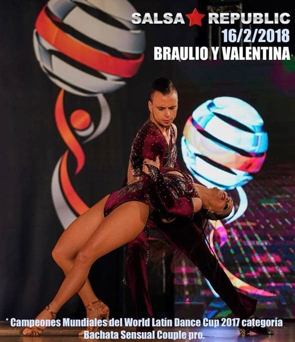Bachata World Champions in Salsa Republic