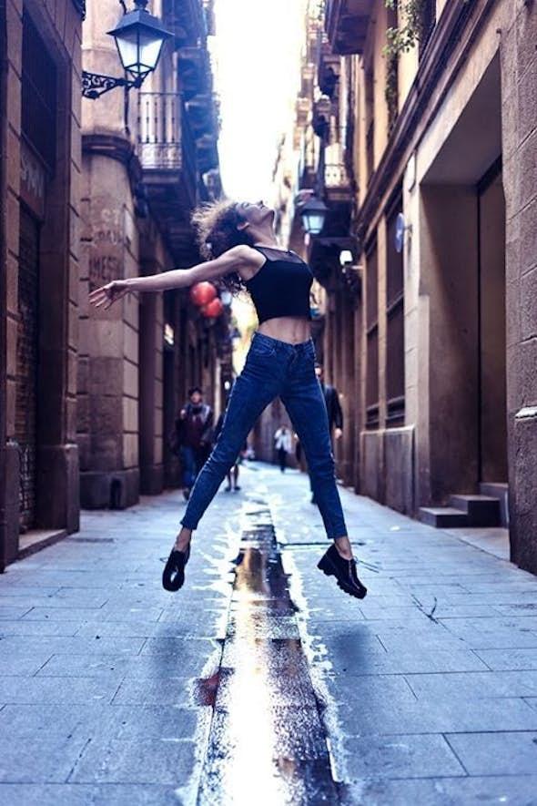 Iniciación al movimiento en danza contemporánea