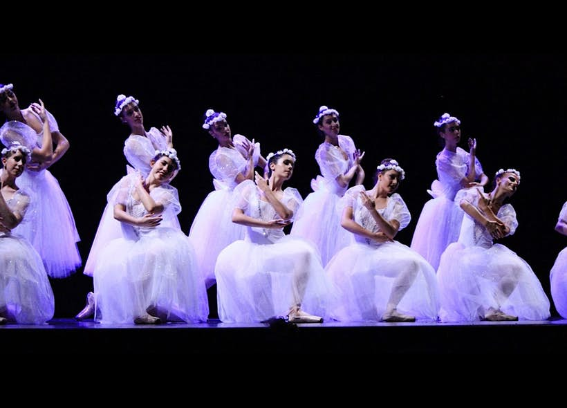 Escuela Internacional de Ballet Tiempo Presente